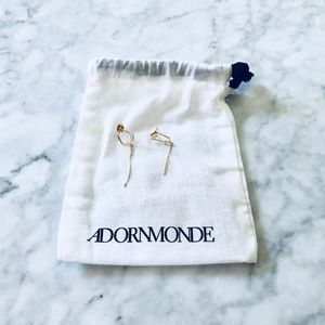 Adornmonde Triangle Earrings